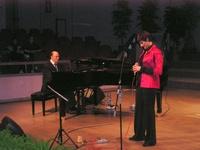 Ripresa di Lorena da me accompagnata al pianoforte durante un concerto tenuto a Gorizia nell'anno 2004